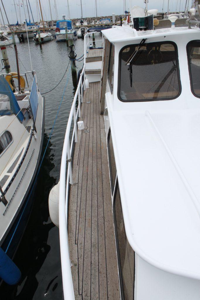 Pamla 37 motorbåd kanalbåd husbåd (11)