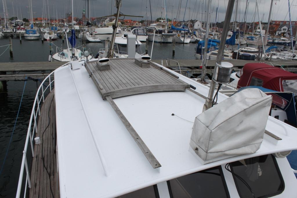 Pamla 37 motorbåd kanalbåd husbåd (2)