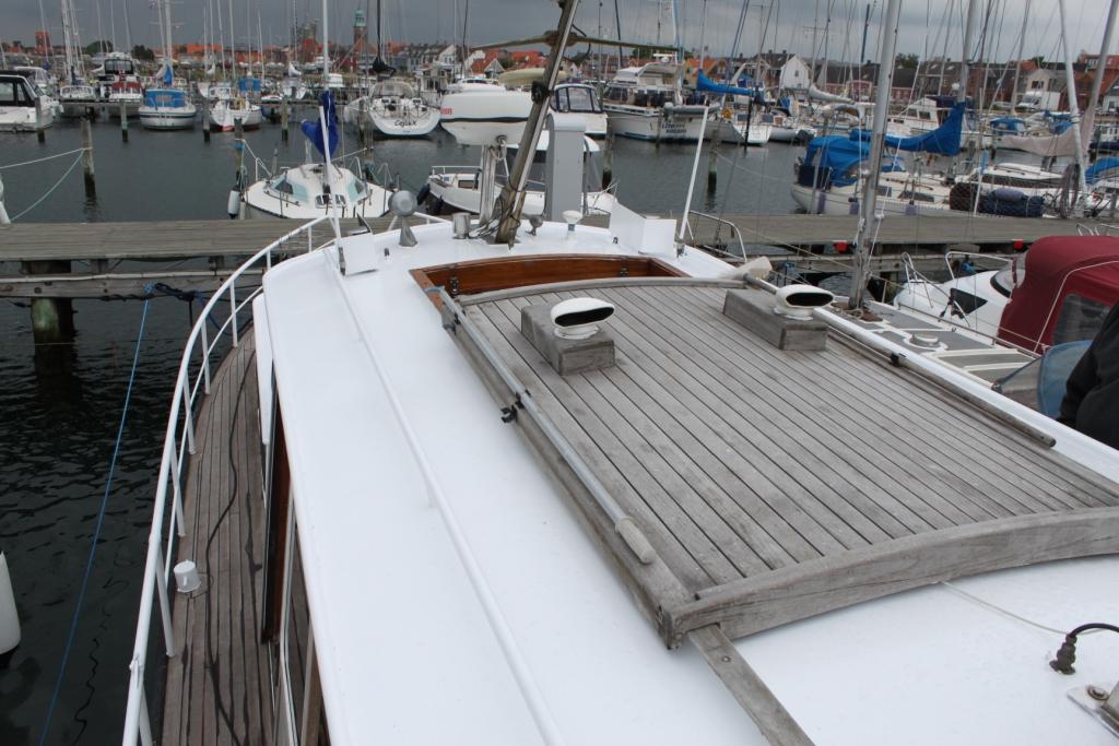 Pamla 37 motorbåd kanalbåd husbåd (4)