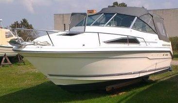 Sea Ray 220