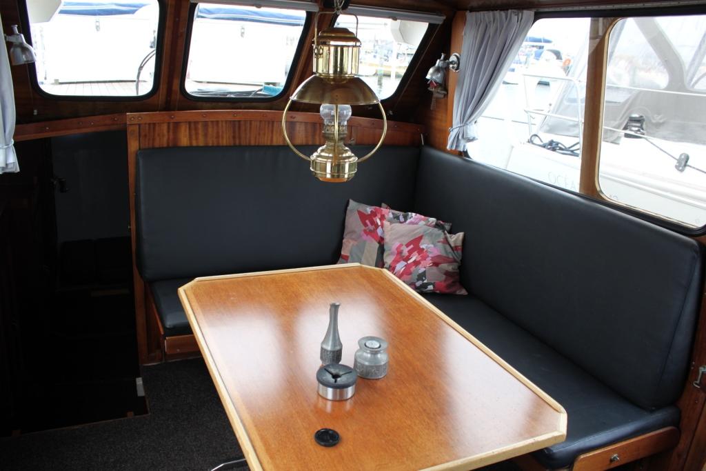 Pamla 37 motorbåd kanalbåd husbåd (23)