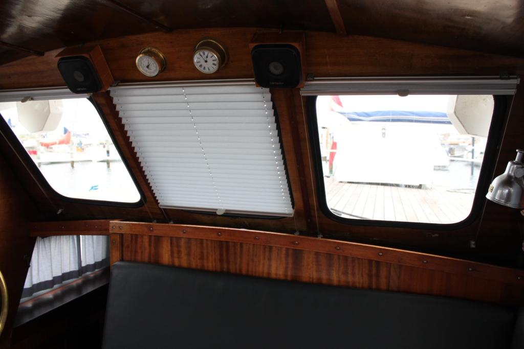 Pamla 37 motorbåd kanalbåd husbåd (34)