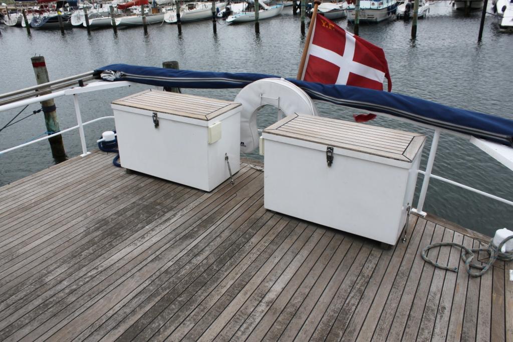 Pamla 37 motorbåd kanalbåd husbåd (5)