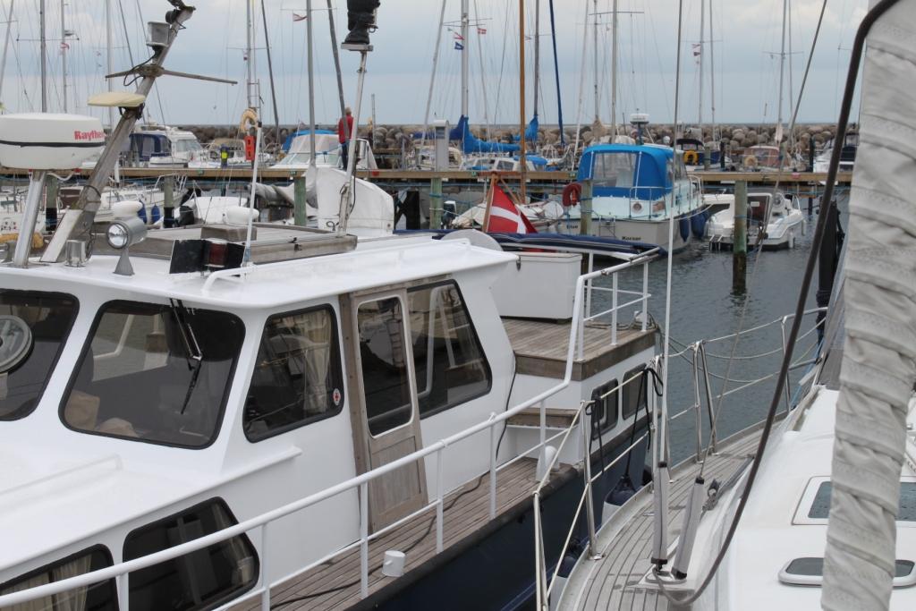 Pamla 37 motorbåd kanalbåd husbåd (69)